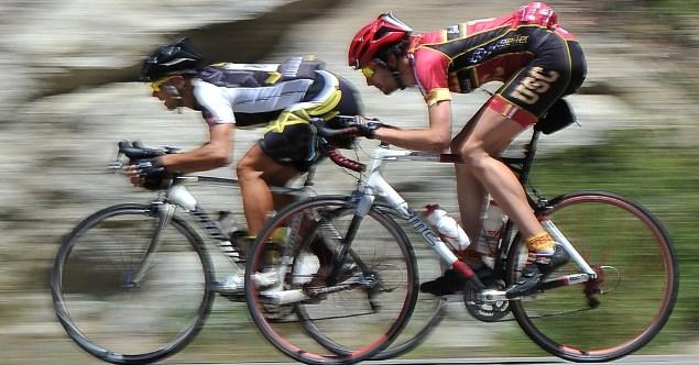 ロードバイクの疲労回復は必須アミノ酸BCAA