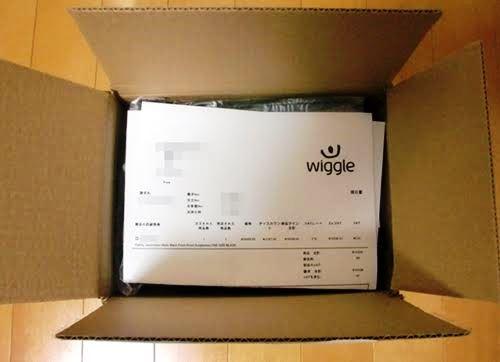 Wiggleで注文したOakley Jawbreaker サングラスが届いた