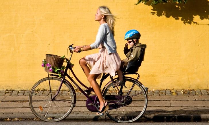 電動アシスト自転車にチャイルドシートを付ける【前乗せ・後ろ乗せ】