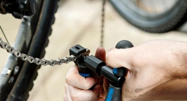 クロスバイクのチェーンの洗浄・交換方法