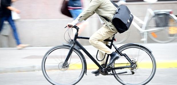 クロスバイクで自転車通勤可能な距離と時間